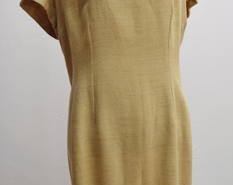 1960's extra large shift dress handmade in beige with front detail