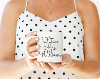 Future mrs mug, fiance gift for her, engagement gift mug, mrs mug, gift for bride from groom, engaged mug, bride gift from groom, engagement