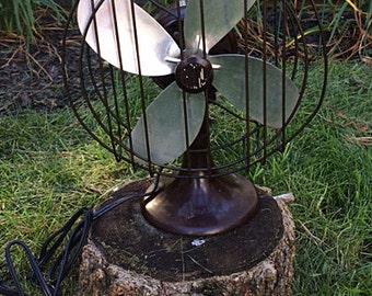 """BARCOL (Barber Colman) 10"""" Bakelite Electric Fan circa 1930s"""