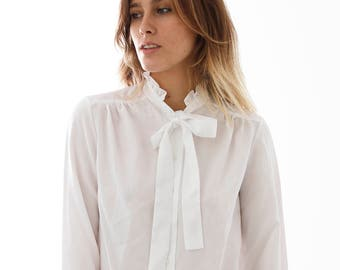 Vintage White Bow Shirt