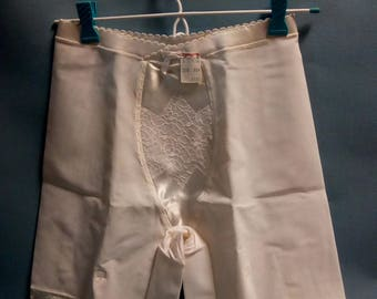 Vintage Girdle with 4 Garters by Marta