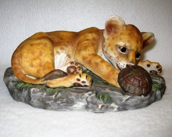Curious Lion Cub With Tortoise Turtle - HOMCOMasterpiece