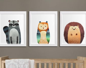 Nursery woodland printable set of 3 wall art, baby room decor raccoon owl and hedgehog kids room art download, woodland playroom decor