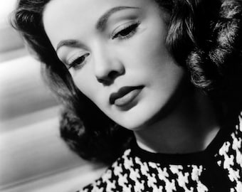 """Gene Tierney Monochrome Photographic Print 02 (A4 Size - 210mm x 297mm - 8.25"""" x 11.75"""") Ideal For Framing"""