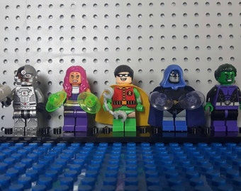 x5 Teen Titans Go Minifigures - Custom Set -  Robin Starfire Raven Beast Boy Cyborg - Lego Compatible - Cake Toppers