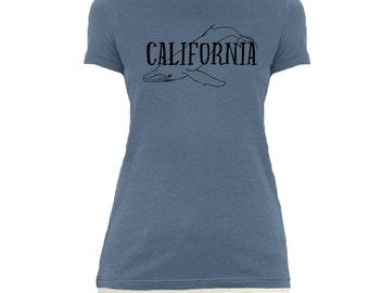 Women's California T-shirt, Whale T-shirt, Animal Lover T-shirt, Graphic Tee.