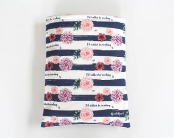 Designer BookBud I'd Rather Be Reading book sleeve - blue