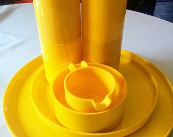 Hellerware, Yellow