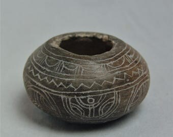 Guangala Lime Container