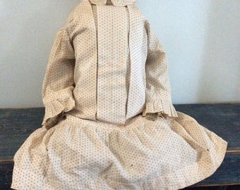 Folky Painted Face Antique rag doll