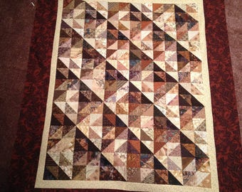 Beautiful Brown Abstract/Illusion Quilt