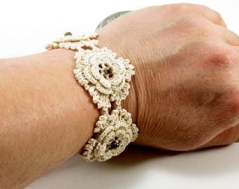 Beige crochet flower bracelet, Crochet bracelet, Flower bracelet, Crochet jewelry, Flower jewelry, Unique Bracelet, Crochet cuff bracelet