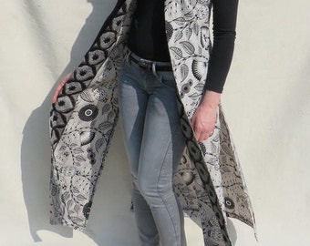 Long tunic of Vliscostof with graphic floral print