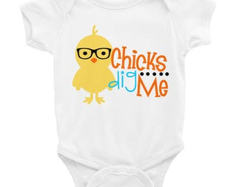 Boy's Easter Shirt - Chicks Dig Me Shirt - Chicks Dig Me Bodysuit - Kids Graphic Shirt - Funny Baby Bodysuit Outfit - Cute Toddler shirt