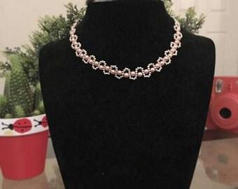 pearl necklet