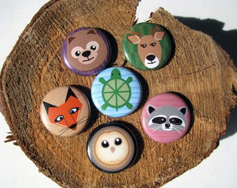 "Woodland Animals - 1"" Round Buttons or magnets (set of 6) - Gift Under 10 Dollars - Bear - Racoon - Owl - Turtle - Deer - Fox - Cartoon"