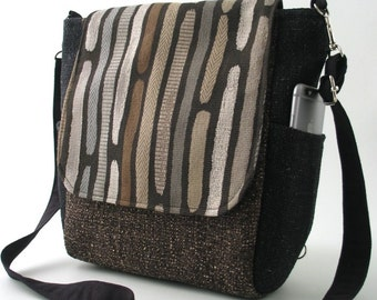 crossbody handbag, womens backpack converts to messenger bag, sling bag, shoulder bag, gift ideas, zipper bag, fits Ipad, ready to ship