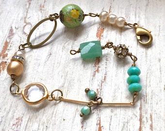Romantic vintage style gemstone bracelet,bohemian green bracelet,layering bracelet,graduation gift,annivesary gift. Tiedupmemories