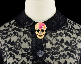 Blooming Love Skull Brooch - Maple Wood - Heart Eyed Skull with Flowers  (C.A.B. Fayre Original Design)