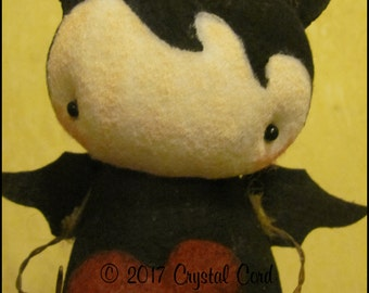 Whimsical Gothic bat doll Valentines day heart farm Halloween decor home decor gift kitchen Doll creepy cute country decor HaFair Faap