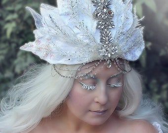White Crown, Flower Crown, Winter Headpiece, Frost Fairy, Ice Queen, Snow Queen, Ice Maiden, White Witch, Narnia