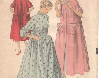 Advance 5981 1950s Misses Duster Robe Peignoir Pattern Womens Vintage Sewing Pattern Size 12 Bust 30