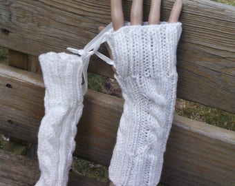 Handknit fingerless gloves, creamy white, cable pattern, dog walking gloves, photographers mitts, seamless
