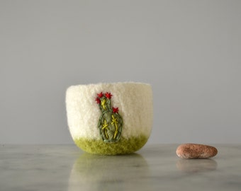 Felted Wool Bowl - Prickly Pear Cactus with Red Flowers - gifts for gardeners, nature lovers, spring - ring dish, air plant planter