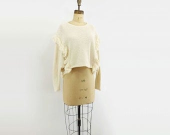80s White Sweater 80s White Top 80s Cropped Sweater 80s Crop Top 80s Fringed Sweater White Crop Top Boho White Shirt 80s White Crop Top s, m