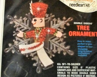 Christmas Ornament Kit, Vintage Christmas Ornament Kit, Craft Kit, Edna Looney Kit Jeweled Christmas Ornament Craft