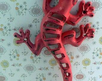 Lizard Gecko Cast Iron Wall Hook Boho Shabby Chic Pink Stylish Fence Art