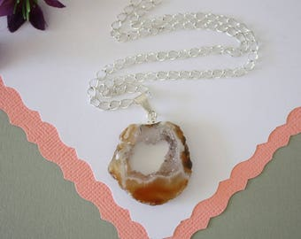 Geode Necklace Silver, Crystal Necklace, Geode Agate Slice, Boho Jewelry, Druzy Pendant, Natural Geode, GN51