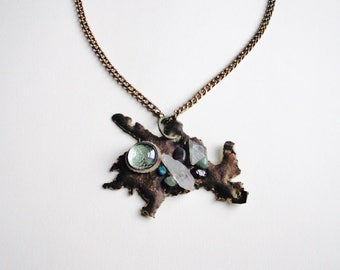 Bronze metal Pendant with stones, glass and minerals
