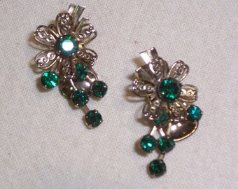 Vintage Earrings with Green Prong Set - Clip Ons