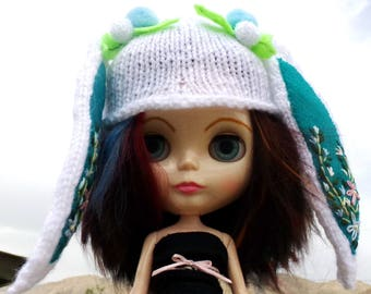 Blythe Knit White Rabbit Hat with Embroidery