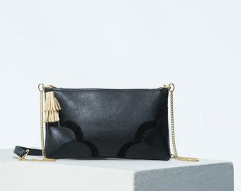 The Crossbody Bag in Black/Leather Purse/Handbag chain strap/leather/tassel/small