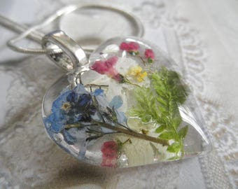 Sky Blue Forget-Me-Nots,Pink Veronica,Snowball Bush,Frosted Ferns Pressed Flower Glass Heart Pendant-Symbolizes True Love,Thoughts of Heaven