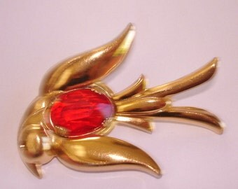 Red Stone Bird Coro Brooch