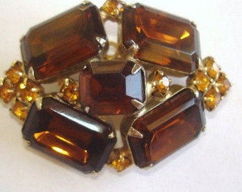 Topaz Rhinestone Brooch Gold Tone