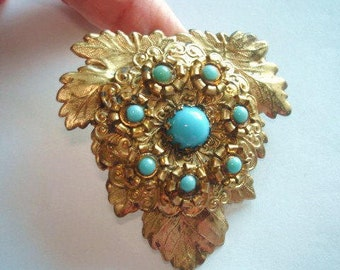 Brooch Turquoise  Flower Gold Tone.