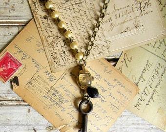 Key Necklace, Skeleton Key Necklace, Vintage Assemblage Necklace, Watch Necklace, Antique Key Jewelry, Antique Patina, Steampunk Key Jewelry