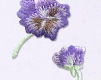 Purple Viola Patch - Flower Embroidered Iron On Patch, Botanical, Japanese Kawaii Floral Iron on Applique, Embroidery Applique, 2PCS, W310