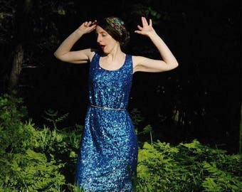Size Large... Vintage 1990s Silk Blue Sequined Party Dress... Shimmery Cocktail Mermaid Dress