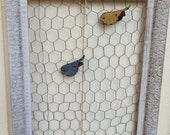 Chickenwire Frame Picture Display Holder bird Clips