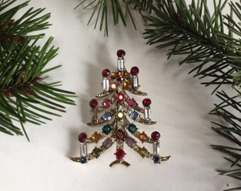 Christmas Tree Brooch Pin – 1970s Rhinestones Baguettes 1970s Holiday Jewelry