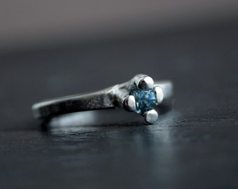 Sterling silver and natural sapphire primitive ring - OOAK, ready to ship in size 8