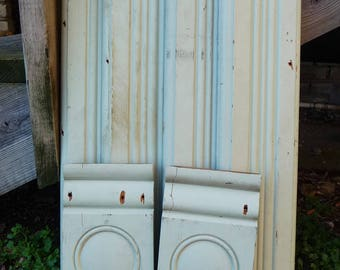 Two Wood corbels w/ matching 33 inch trim boards vintage Architectural salvage Rosette Bulls eye planks Repurpose framing supplies