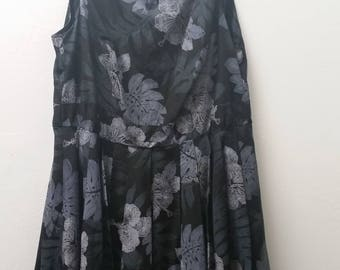 Vintage Plus Size Hawaiian Print Dress, Black, Gray and White