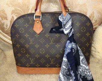 Further 5% off Sale. Vintage Louis Vuitton Alma bag. With Italian Paisley Scarf. Monogram. Good Condition. Authentic.