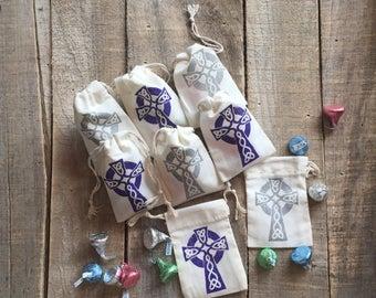 Set of 25 First Communion Favor Bags - Cross Favor Bag - Baptism Favor - Wedding Favor Bag - Celtic Cross - Catholic - Sheepy Saks - Muslin